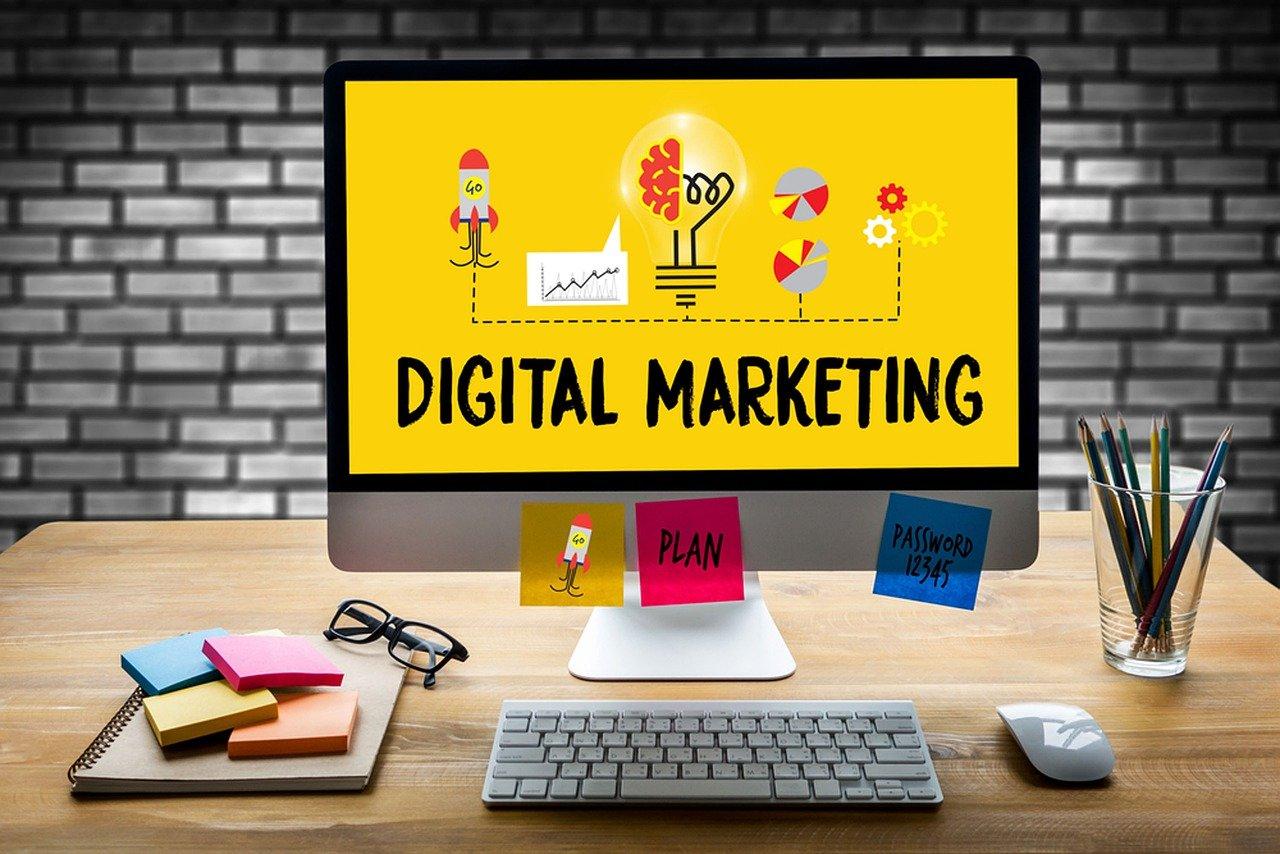 digital marketing, computer, desk-5816304.jpg